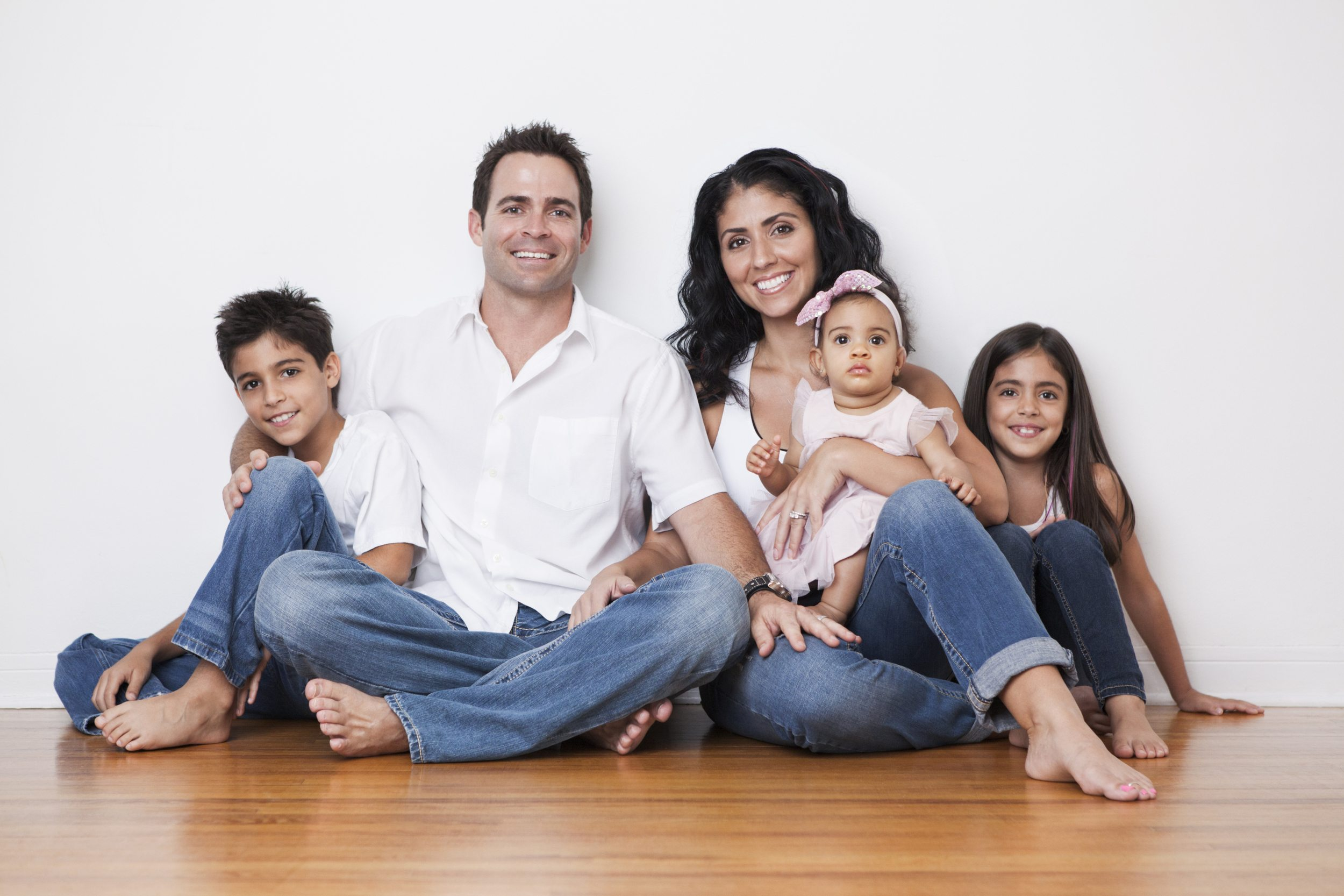 Hispanic family images galleries with for Family home
