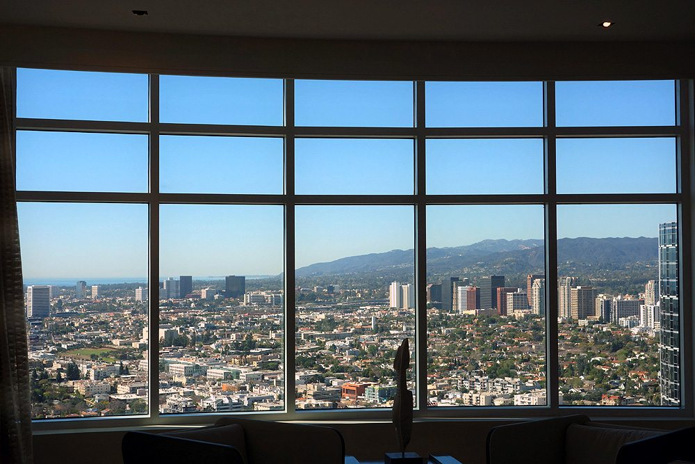 How Much is a Great View Worth REH Real Estate Downtown Los Angeles View 3